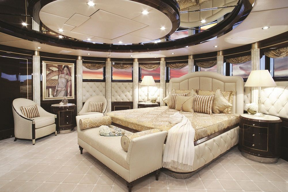 john staluppi yachts photo gallery. Black Bedroom Furniture Sets. Home Design Ideas
